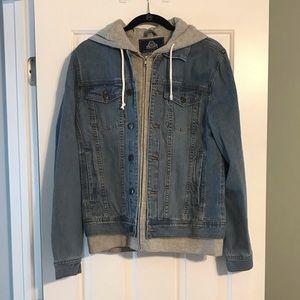 Bnwt denim trucker jacket with hood medium